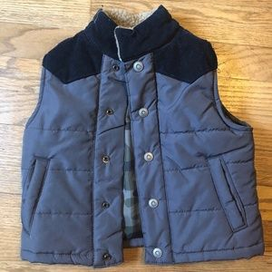 Carter's Button Down Vest - 2T
